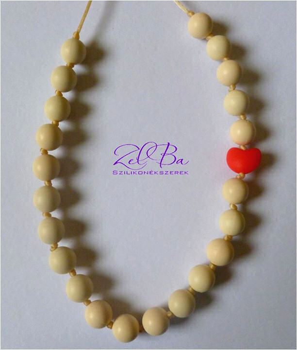 zelba-collana-allattamento-cuore-bianco