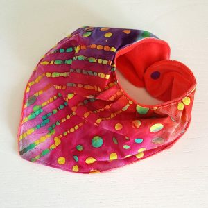 bandana-bib-handmade-pink-batik