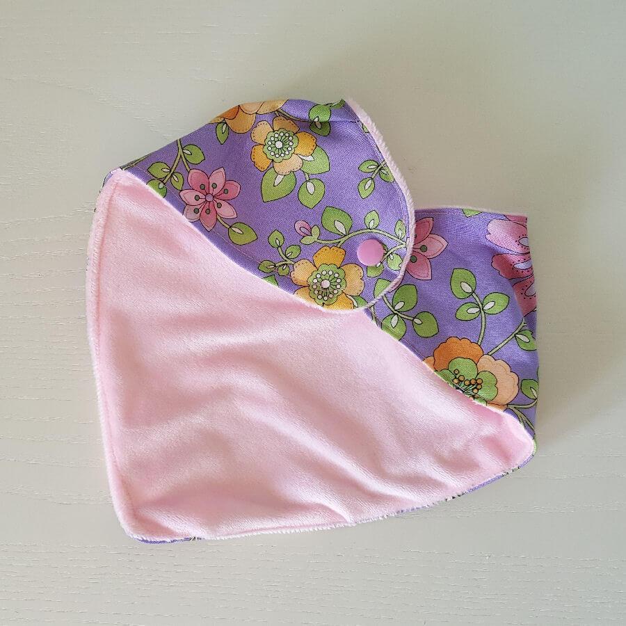 bandana-bib-handmade-spring-retro