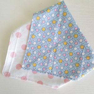 bandana-bib-handmade-double-face-dots