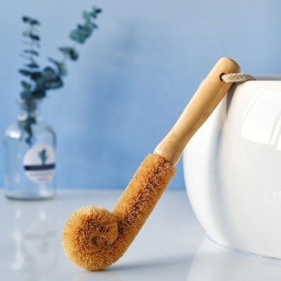 green-otg-bamboo-coconut-brush
